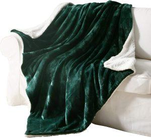 Flannel fleece reversible blanket